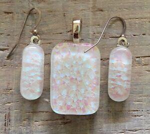 Handmade-White-Fused-Dichroic-Art-Glass-Jewelry-Matching-Earrings-Pendant-Set