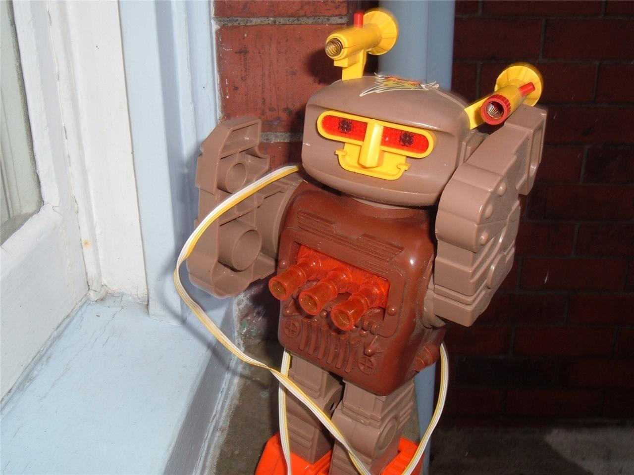 VINTAGE PLAYWELL SPACE COMMANDER ROBOT 1970'S HONG KONG NOT TESTED SPARES