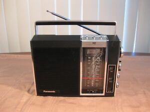 Panasonic-RF-900-Portable-FM-AM-Radio-Integrated-Circuit-AC-DC-034-Works-Great-034