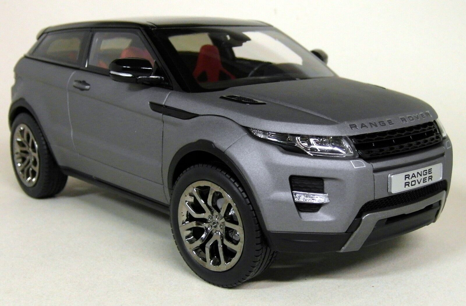 GT Autos 1 18 Scale - Range Rover Evoque Matt Grey Diecast model Car