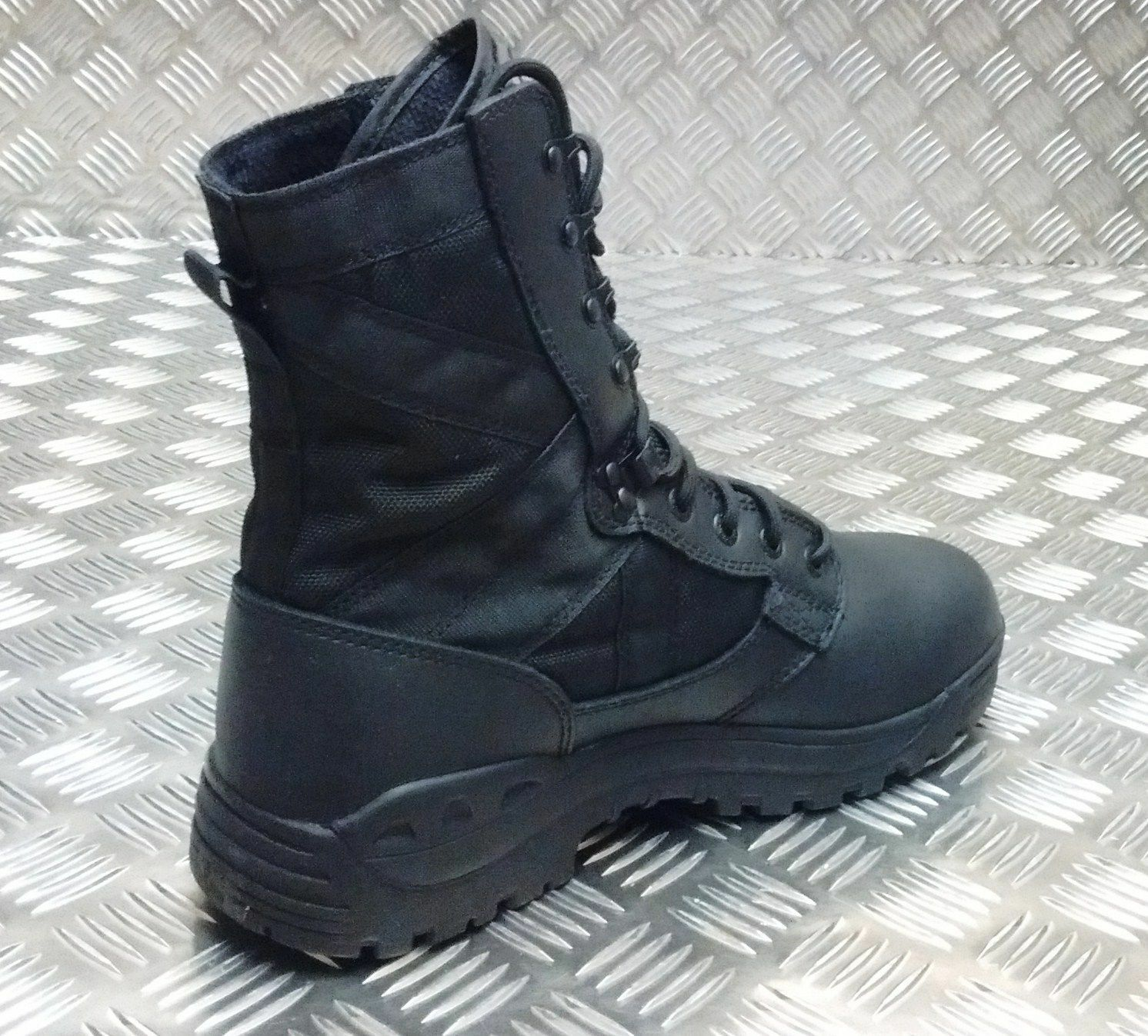 Genuine British Army Magnum Scorpion Scorpion Scorpion Black Assault / Patrol Combat Boots - NEW 180f5b