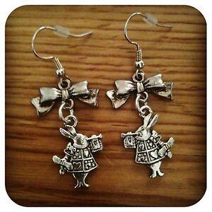 Alice-in-Wonderland-mini-Bow-WHITE-RABBIT-Earrings