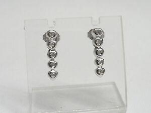 Orecchini-oro-bianco-18-kt-750-pendenti-cuore-diamanti-0-10-ct-282-VE