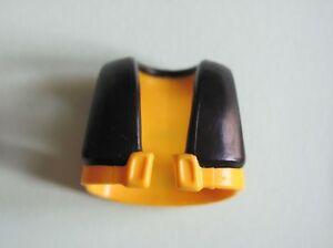 0738acec8695 PLAYMOBIL    FOULARD    COL    CAPE    GILET    TABLIER    NOIR    B ...