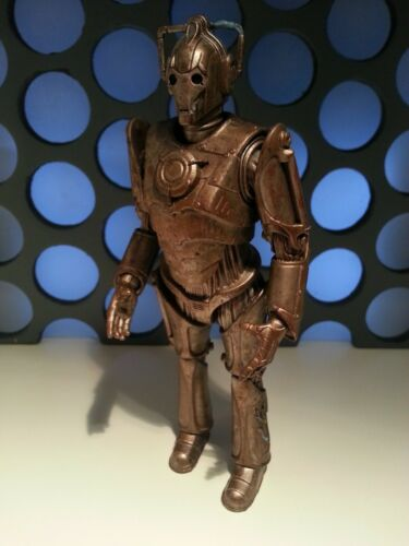 """Doctor Who Corroded Cyberman with Limb Damage Not Cybus 5"""" 11th Dr Figure"""