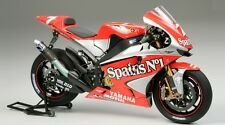 Tamiya 14100 1/12 Scale Model Motorcycle Kit Fortuna Yamaha YZR-M1 MotoGP '04