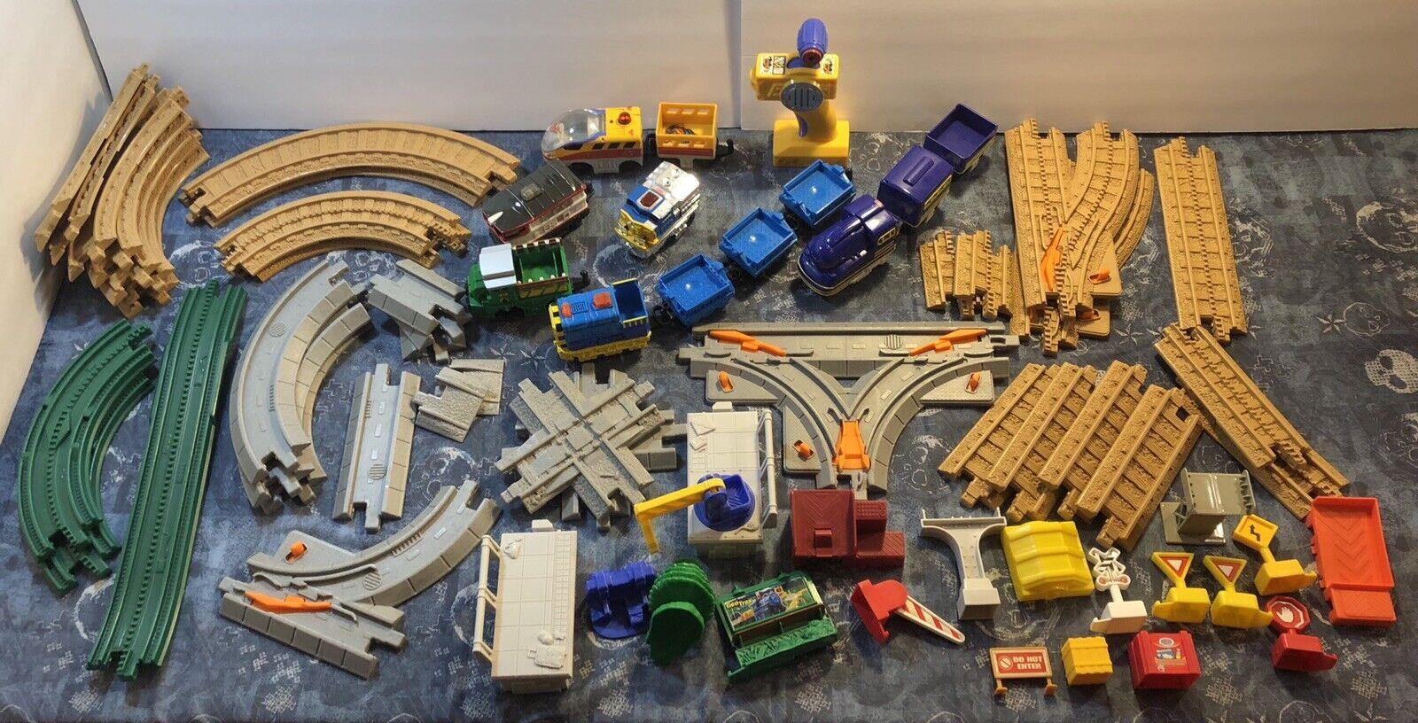 GeoTrax Train Tracks di massa Engines Remote pescatore prezzo Mattel