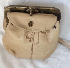 GOLDPFEIL-Crossover-Tasche-Umhaengetasche-Creme-Handtasche-Tasche-Retro
