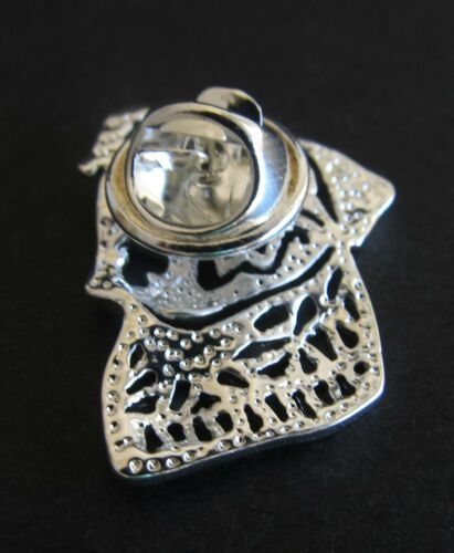 Stud Back Bloodhound Dog Brooch or Pin Fashion Jewellery Silver Plated