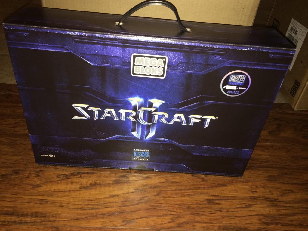 Blizzcon Mega Bloks StarCraft II Terran Battlecruiser Limited Edition  3000