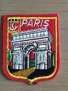 Ecusson blason brodé Paris Arc de Triomphe années 60