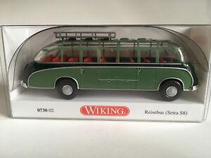 WIKING-073002-Travel-Bus-Setra-S8-Dark-Green-Reseda-Green-1-87-H0