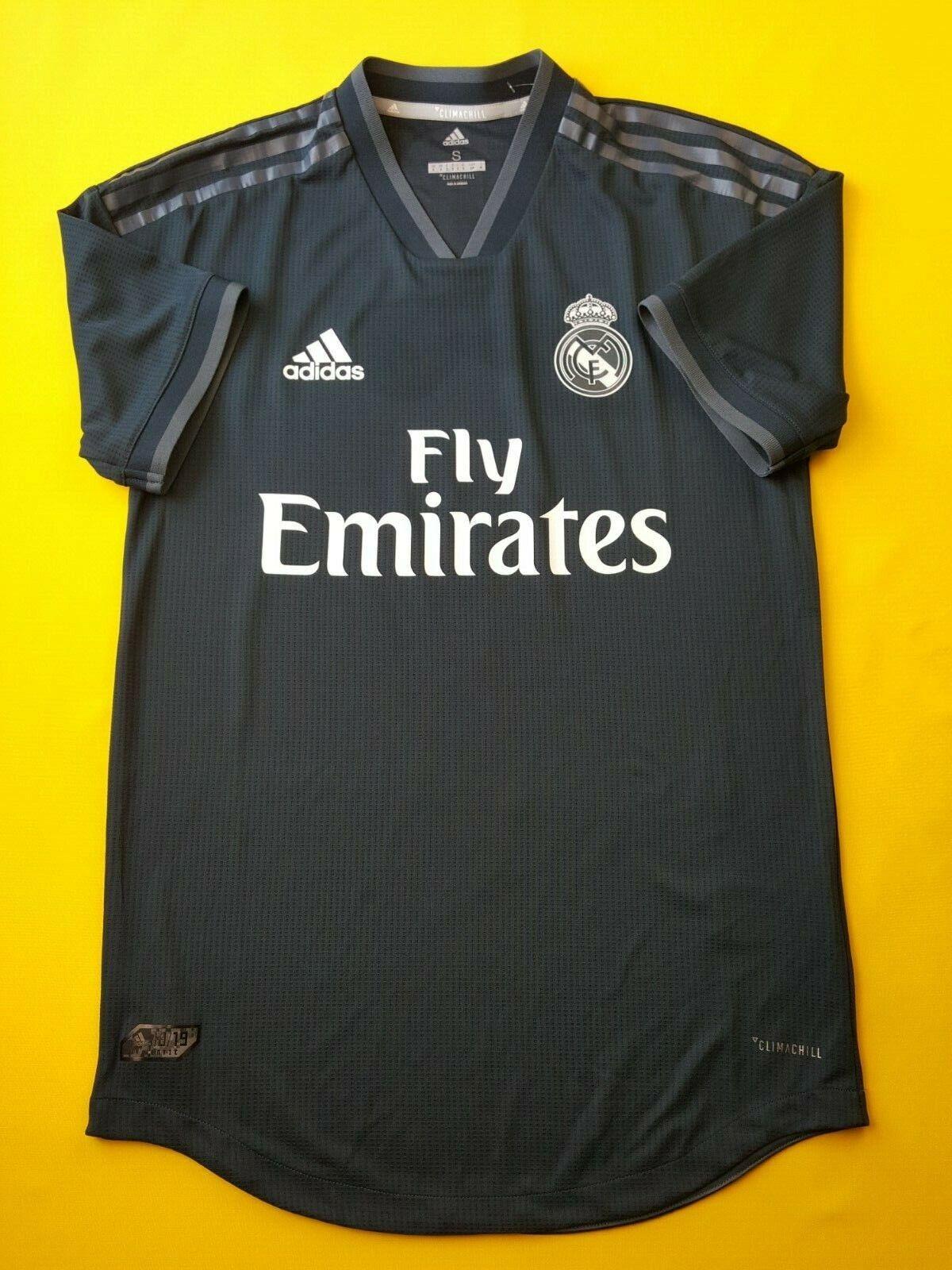 5+ 5 Ronaldo Real Real Real Madrid autentic jersey medium 2018 shirt CY6329 Adidas ig93 9114a3