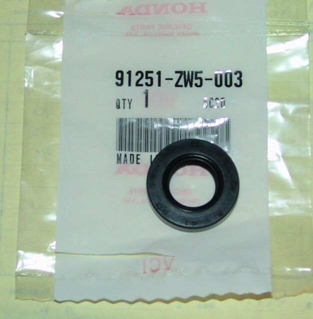 Honda 91251-ZW5-003 OIL SEAL 14X26X6