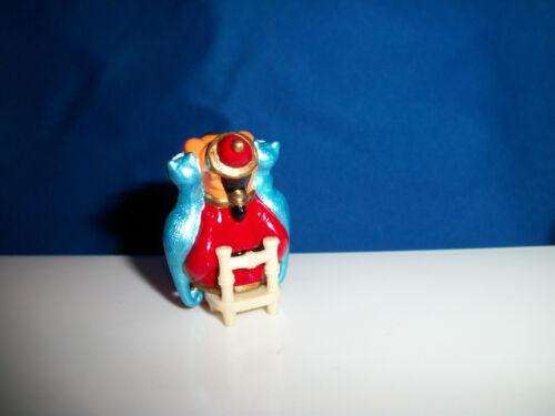 EMPEROR w// SIAMESE CATS Miniature Figure Cartoon CHINESE BEAVER Kinder Surprise