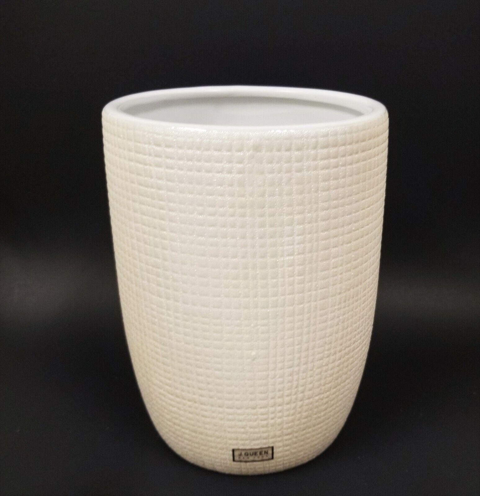 Neuf J. Queen Perle Ivoire, Blanc Cassé 3D Texture Céramique Trash Canette,