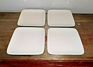 4-Crate-amp-Barrel-Classic-White-Square-5-034-Appetizer-Hors-d-039-oeuvers-Bread-Plates