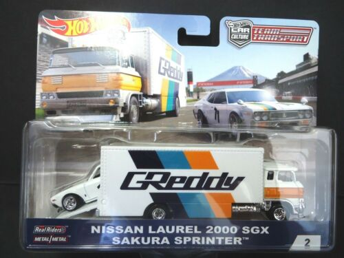 Hot Wheels Sakura Sprinter /& Nissan Laurel Greddy Team Transport 1//64