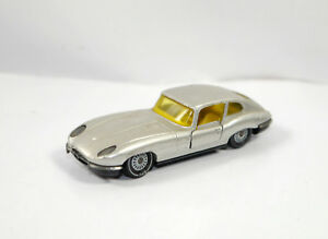 SIKU-V-294-Jaguar-E-2-2-Silver-Silver-Metal-Model-Car-ca-7-5cm-K21-02