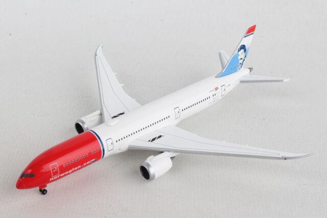 Herpa 528016-001  Air Canada Boeing 787-9 Dreamliner  1:500