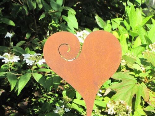 Edelrost Gartenstecker Herz Curl 40cm Herz aus Metall Gartendeko Garten Terrasse
