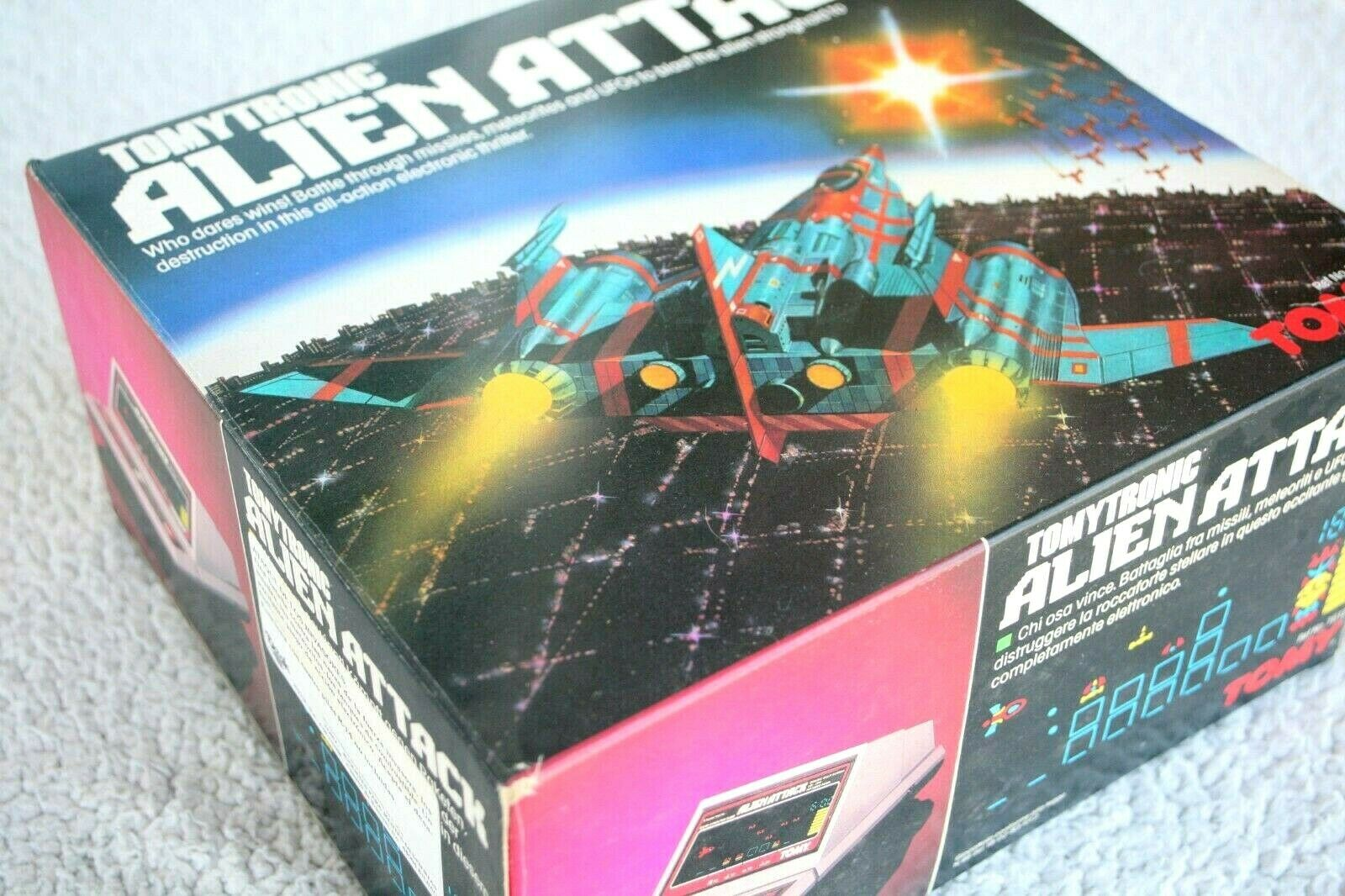 ALIEN ATTACK (Tabletop No Game Watch) TOMYTRONIC 80´S  RARE BRAND NEW OLD STOCK