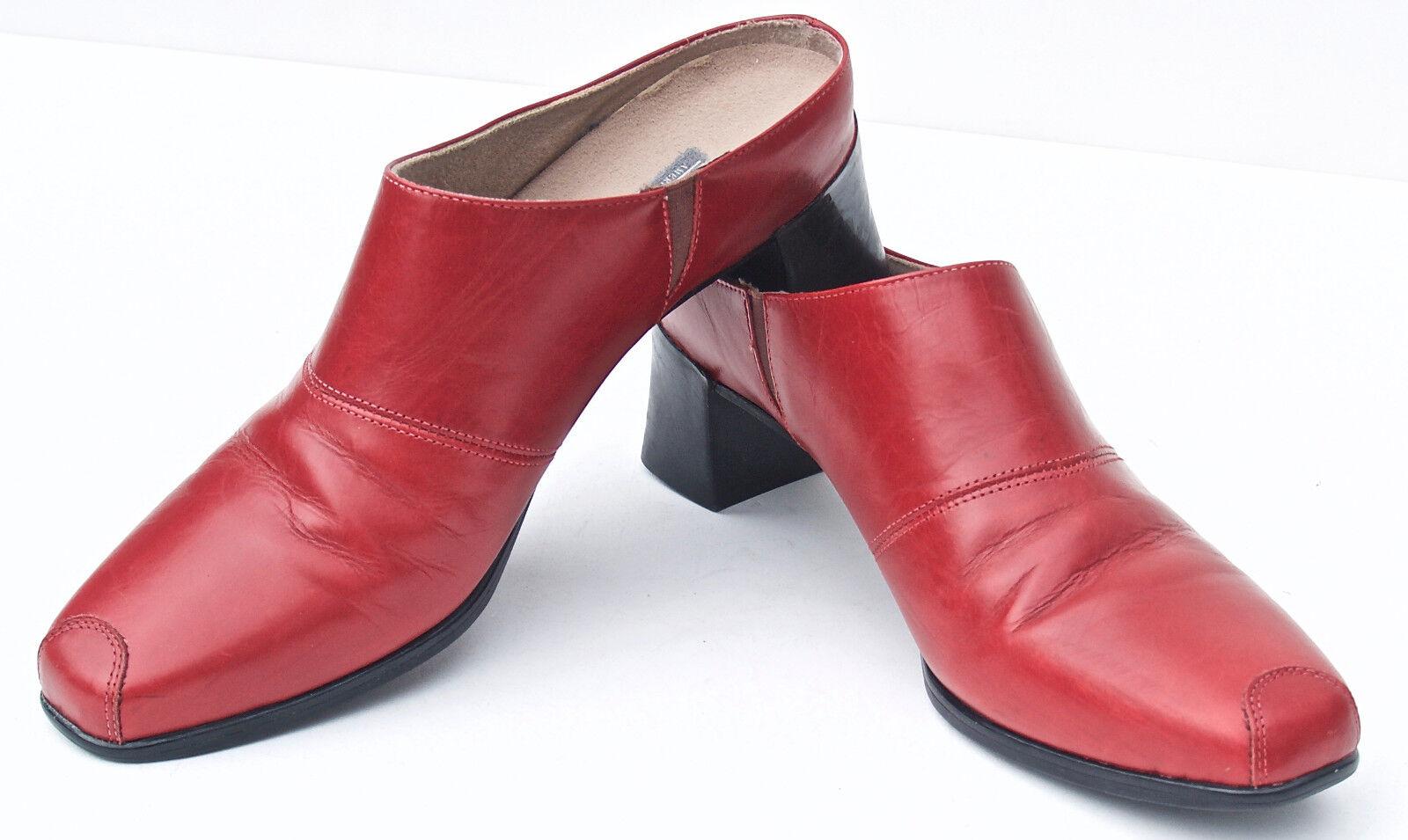 Munro American ladies shoes heels casual work dress 8 N leather  USA  EUC