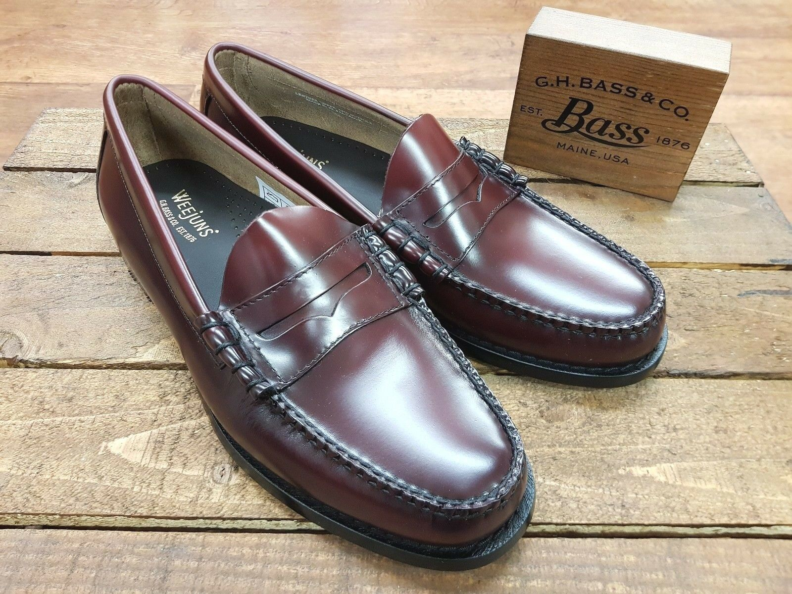 G. H. Bass & Co    Weejuns    Larson Moc Penny Loafers Wine    NEW