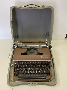 Vintage OLYMPIA Deluxe Brown Portable Typewriter w/ Case Germany