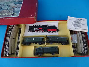 Marklin-3103-Starter-Set-Train-Set-1957-with-Steamer-br-24-OVP-red