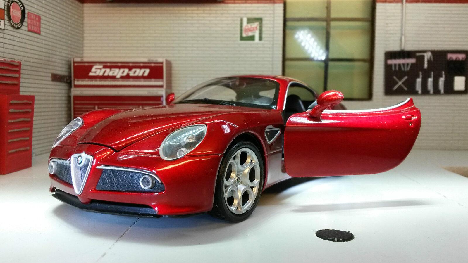 Modell Alfa Alfa Alfa Romeo 8C Competizione Coupe rot 1 24 Maßstab Welly 2006 Druckguss ea7172