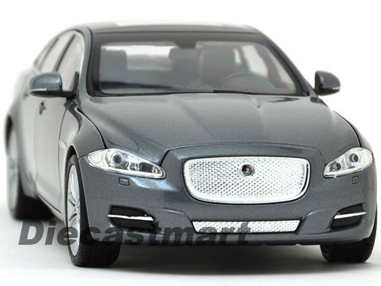 Welly 1 24 Jaguar Xj 2010 2011 2012 Sedan Diecast Model Metallic