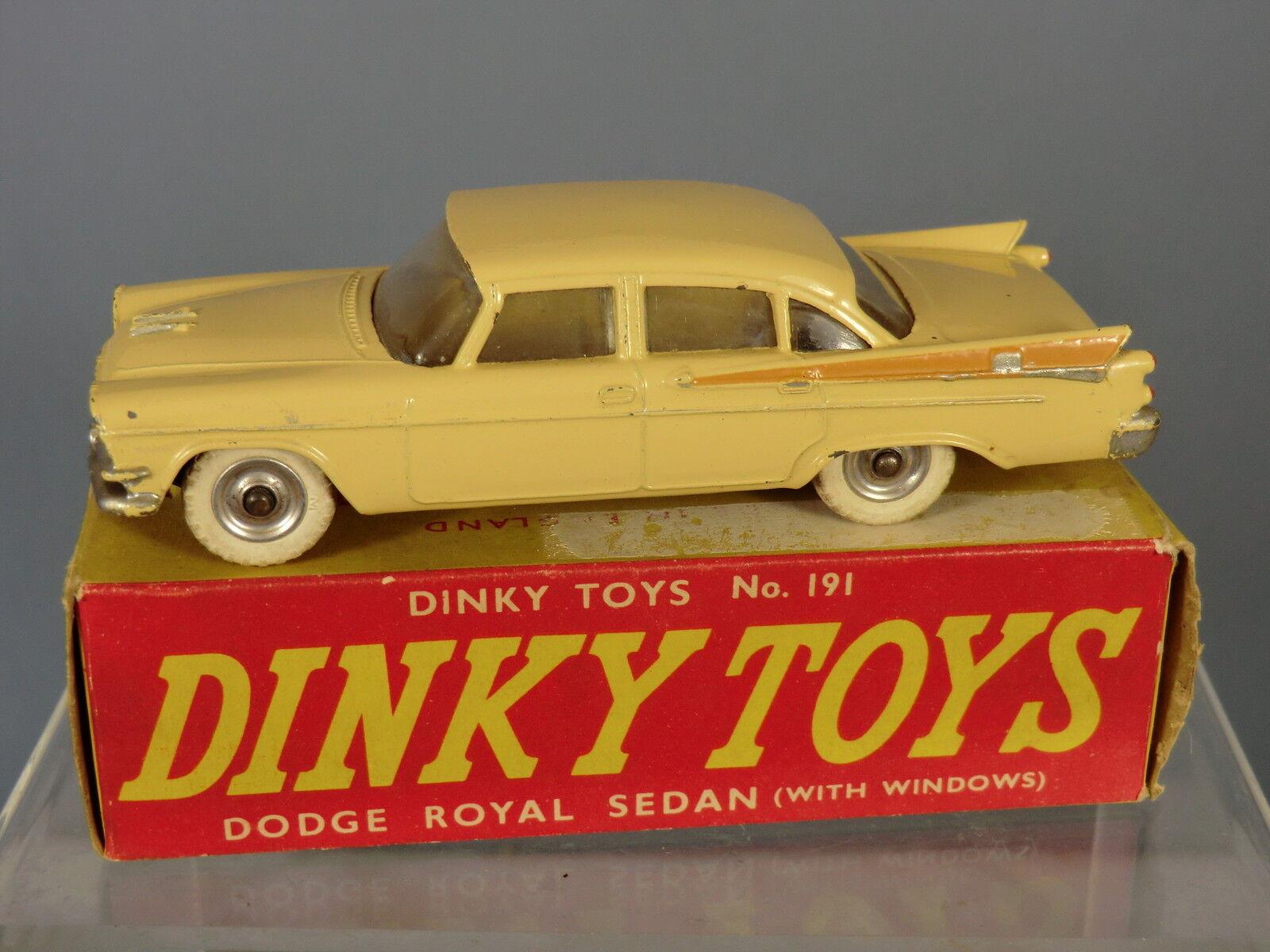 Vintage DINKY TOYS modèle No.191  Dodge Royal  Sedan  VN En parfait état, dans sa boîte  détaillants en ligne