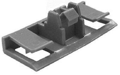 GM OEM Exterior-Rocker Molding Clip 25722671