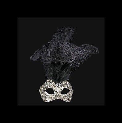 Máscara De Venecia Macramé Plateado Pluma Avestruz Negro - Veneciano V34-570