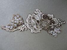 Ivory Oro Argento Diamante Perline Ricamato Sew sul motivo applique