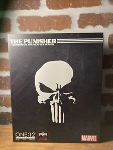 BRAND-NEW-SEALED-Marvel-Comics-Mezco-Punisher-One-12-Action-Figure-Netflix-2019