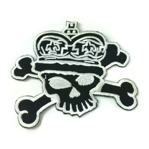 """King Pirate Skull Patch Jolly Roger Iron On Embroidered Crossbones Applique 3/"""""""