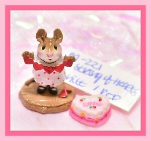 Wee-Forest-Folk-M-221-String-of-Hearts-White-Red-Dots-Heart-Valentine-Mouse