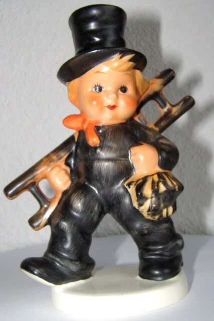 Goebel Hummel Figurine kf-40 wfp sweep tk 5 top