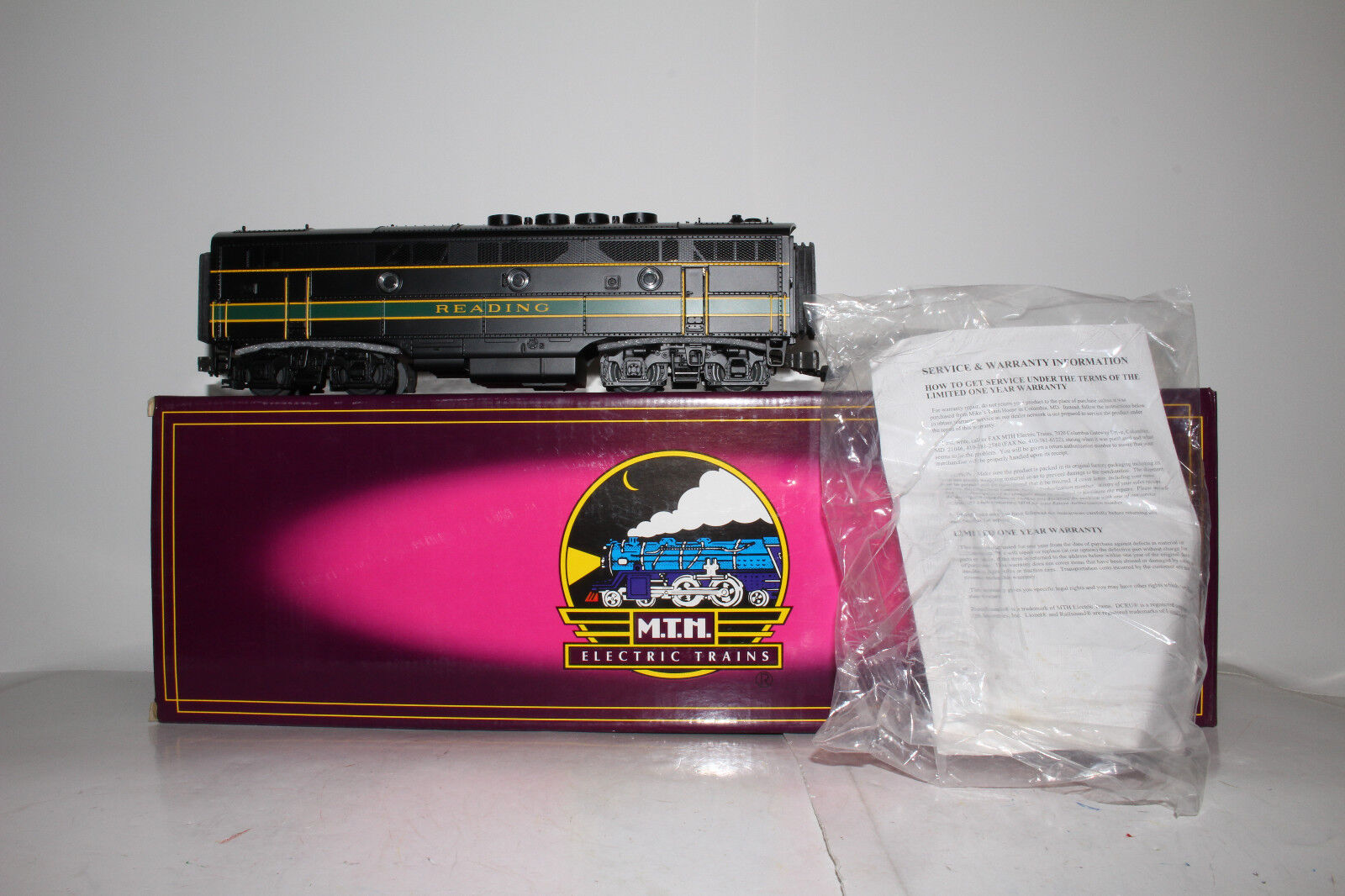 MTH RAIL KING O GAUGE  20-2198-3 READING F-3 B-UNIT, NON-POWErosso, BOXED