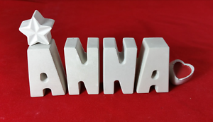 Beton-Steinguss-Buchstaben-3D-Deko-Namen-ANNA-als-Geschenk-verpackt
