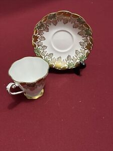Royal Standard Bone China Tea Cup & Saucer England. Gold plated, grapes vines