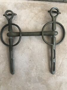 Vintage-Antique-Cast-Iron-Horse-Bridle-Bit