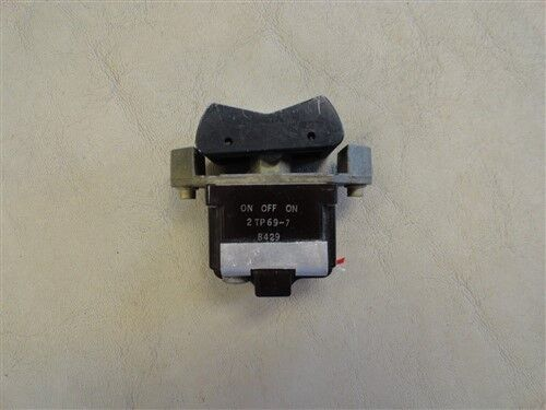 HONEYWELL 2TP69-7 MOMENTARY ROCKER SWITCH 10 AMP MARINE BOAT