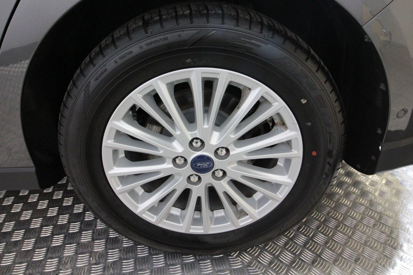 Ford S-MAX TDCi 180 Titanium aut AWD 7prs