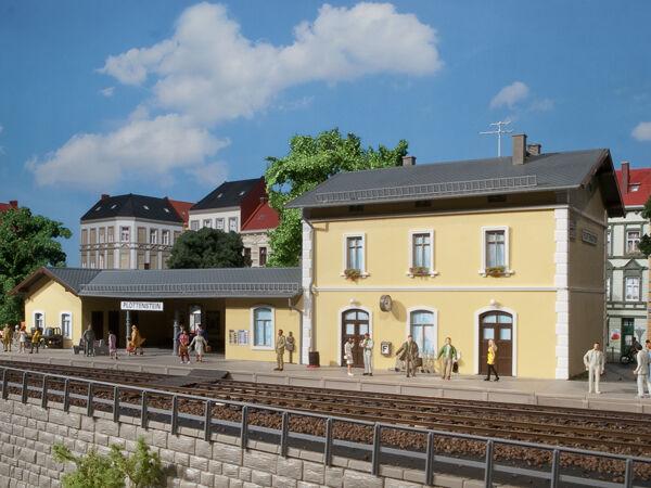 AUHAGEN 11369 gauge H0 Railway Station Plottenstein # NEW ORIGINAL PACKAGING #