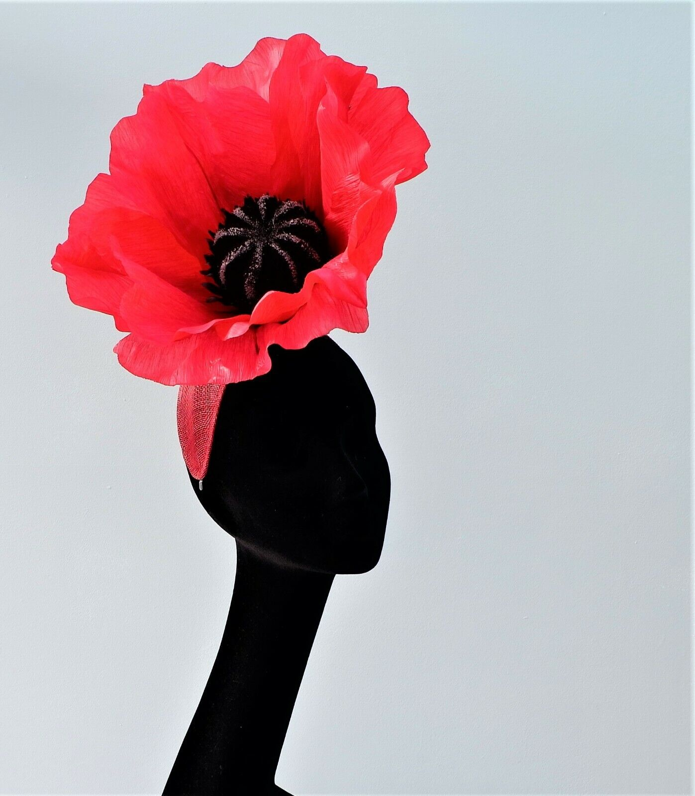 GIANT POPPY FASCINATOR IDEAL FOR ASCOT BY HATS2GO