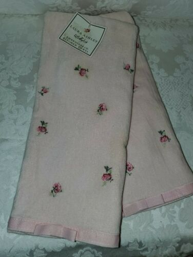 2 BEAUTIFUL PINK W//EMBROIDER ROSES LAURA ASHLEY KITCHEN TOWELS 19X28 PINK NEW