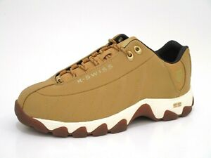 ST329 CMF Leather Wide Training Shoes